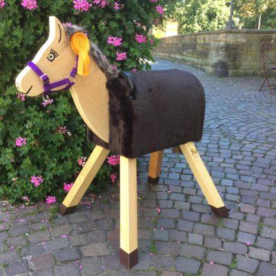 holzpferde-spielholzpferde-fuer-kinder-funny-horses-sunny